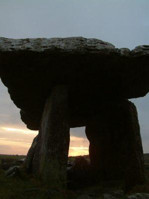 S1.Portal tomb